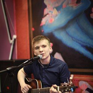 Антон Ходячев подбор песен на гитаре