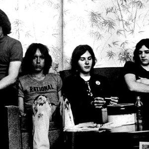 Iggy And The Stooges подбор песен на гитаре