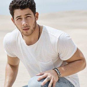 Nick Jonas подбор песен на гитаре